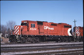 CP GP38-2 3043 (04.2004, Smiths Falls, ON)
