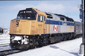 VIA F40PH-2 6458 (02.2004, Belleville, ON)